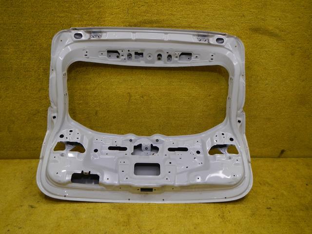 Крышка багажника Nissan Qashqai J11 (13-н.в.) K01004EAAA - 5