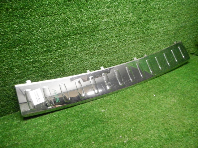 Накладка заднего бампера M GLE W166 (11-18) A166885337464 - 2