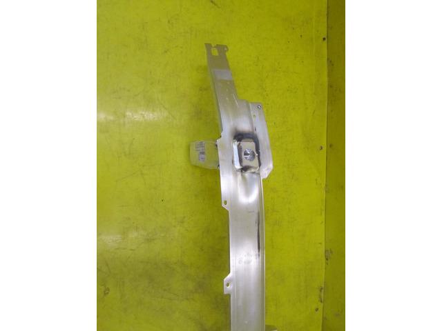 Усилитель передний BMW 7er G11/G12 (15-н.в.) (новый) 51117358796 - 3